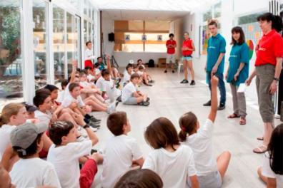 Niños en el Campus