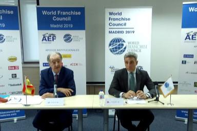 Miembros de la Asociación Española de Franquiciadores y del Consejo Mundial de Franquicias