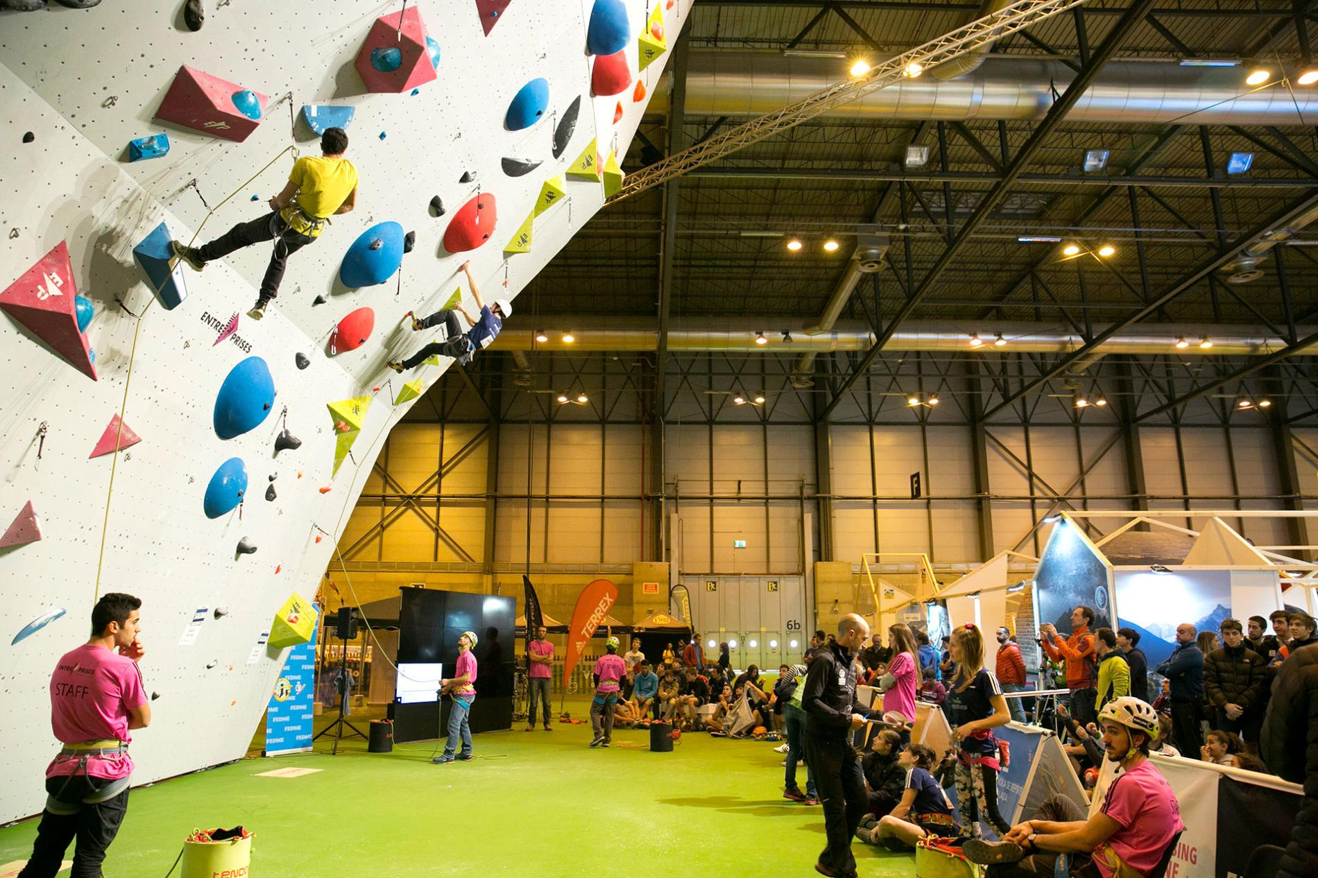 Climbing area in Expotural