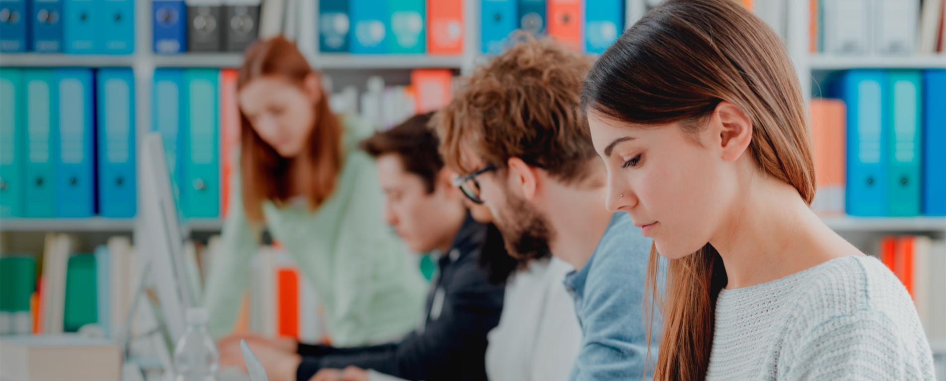 Estudiantes Foro de Postrgado Semana de la educación