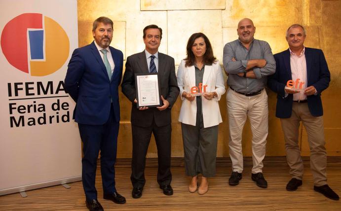 La Fundación Más Familia entrega a IFEMA la renovación del certificado efr
