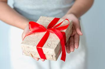 Gift p