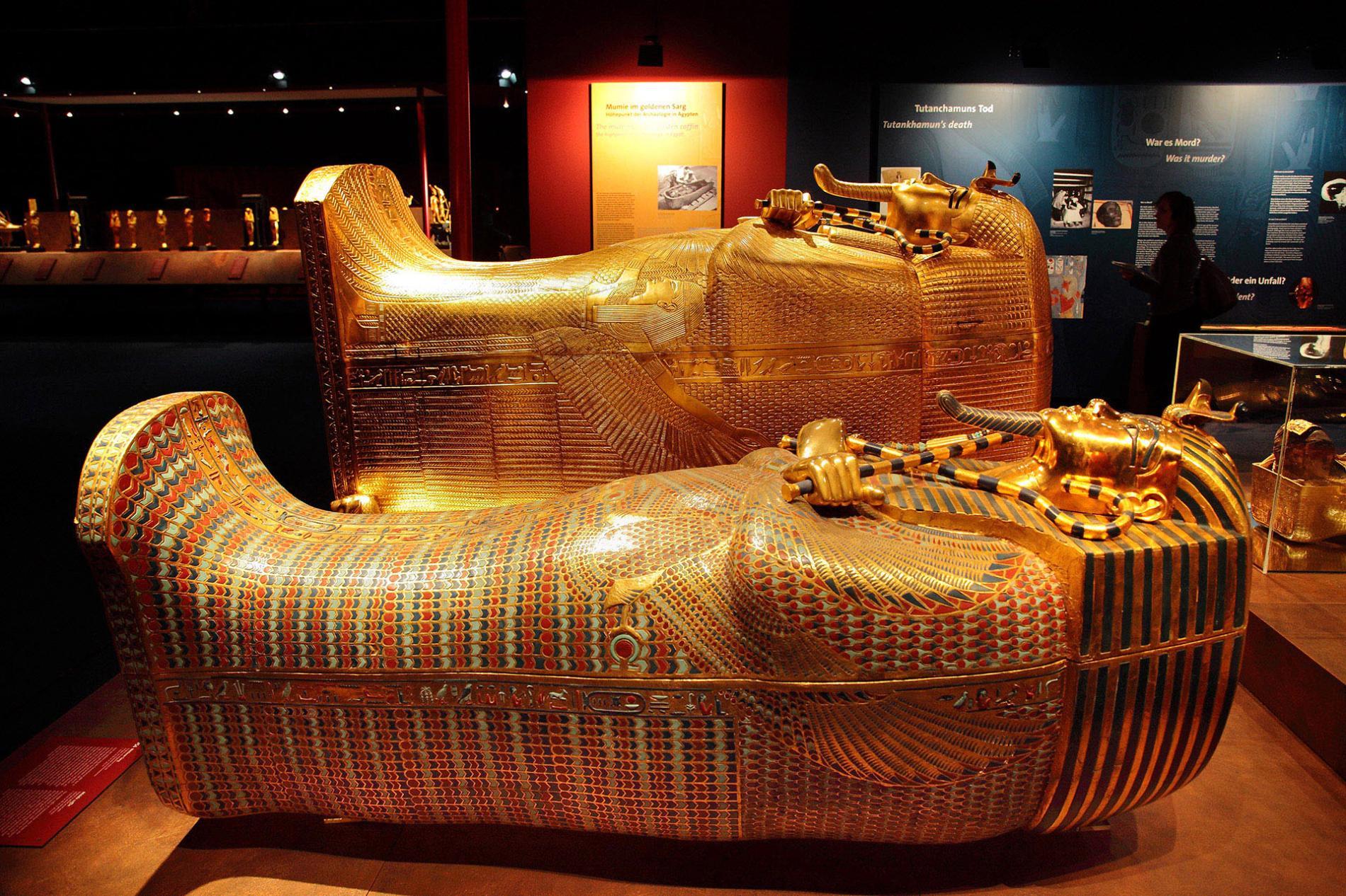 La muestra recrea la tumba del faraón tal y como se encontró