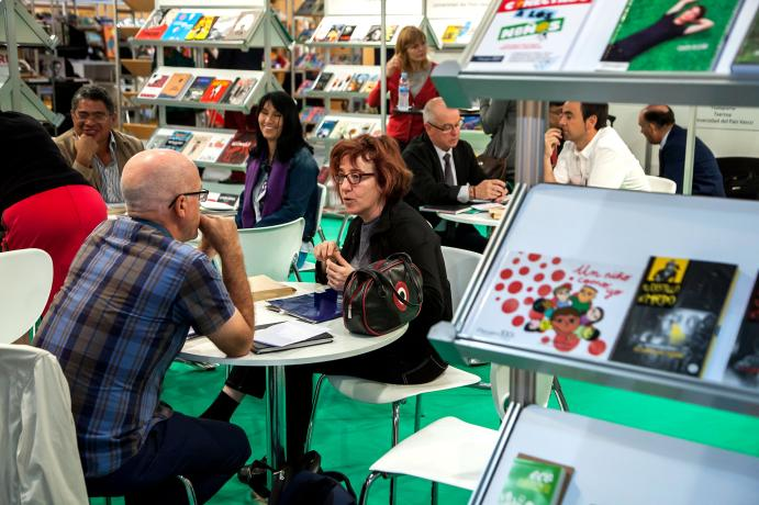 meeting place with exhibitors of Liber