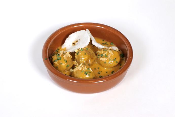 Albóndigas con curry rojo