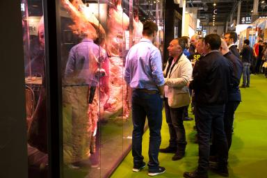 pasillo feria meat attraction