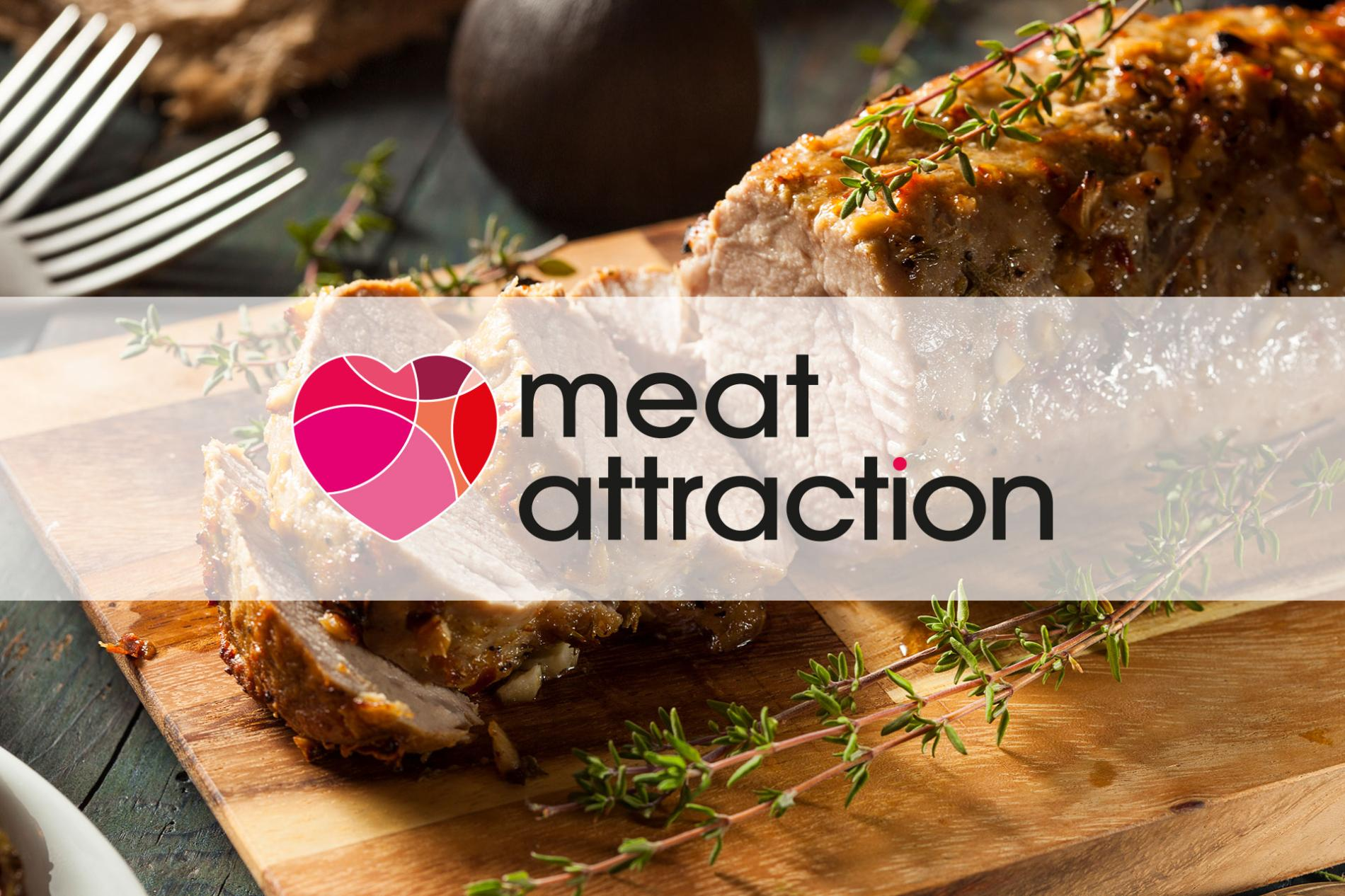 Logo de Meat Attraction sobre un plato de carne