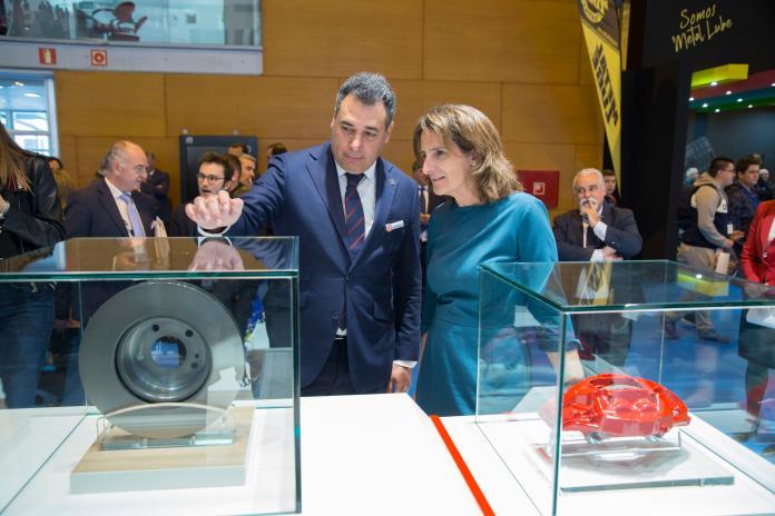 Teresa Rivera ministra para la Transición Ecológica del Gobierno de España visita Motortec