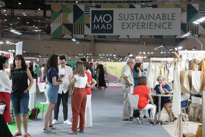 Visitantes y expositores en SHOESROOM BY MOMAD de IFEMA