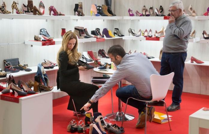 Visitantes Feria Shoesroom by Momad de Ifema