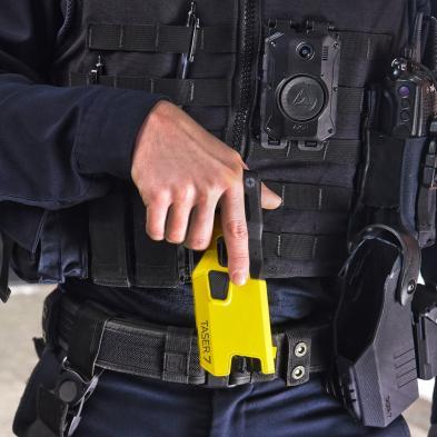 Imagen del arma TASER 7