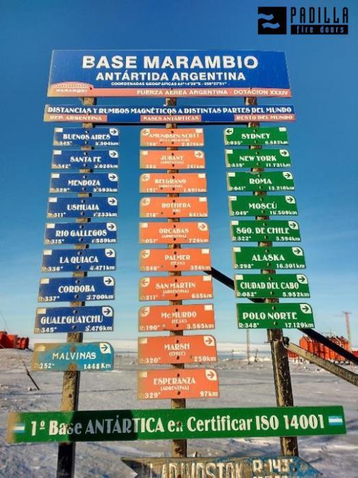 Base  de Marambio en la Antártida