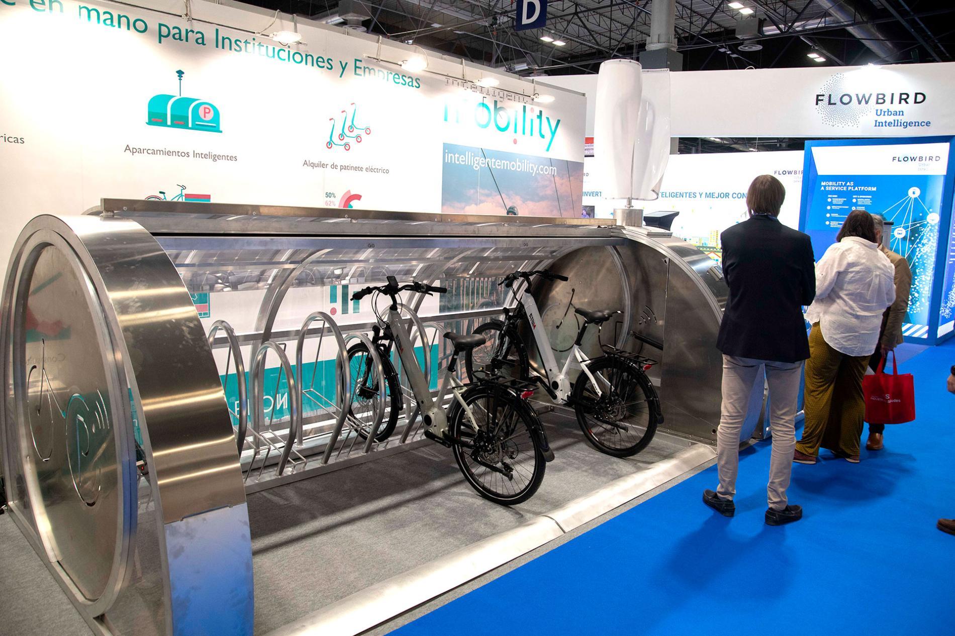 Microzona de aparcamiento de bicicletas urbano