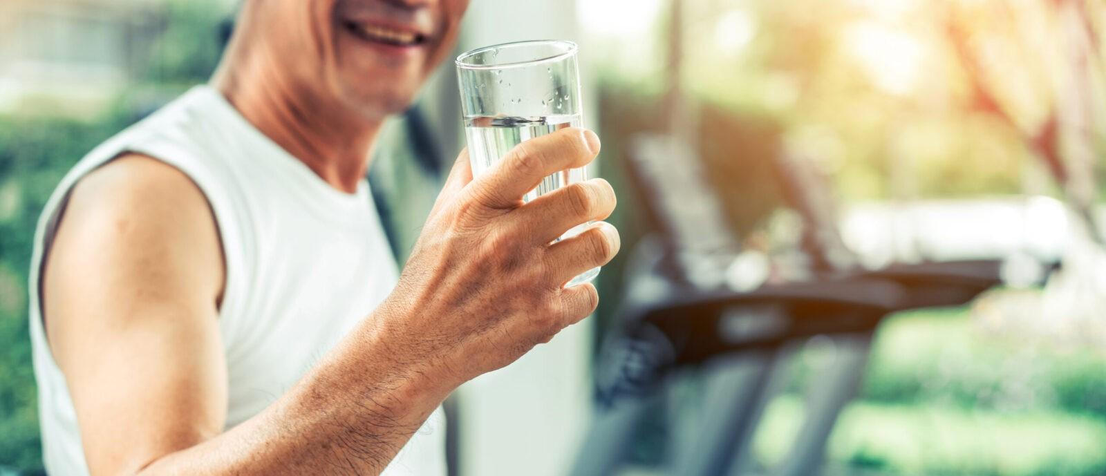 importancia beber agua con una dieta rica en fibra