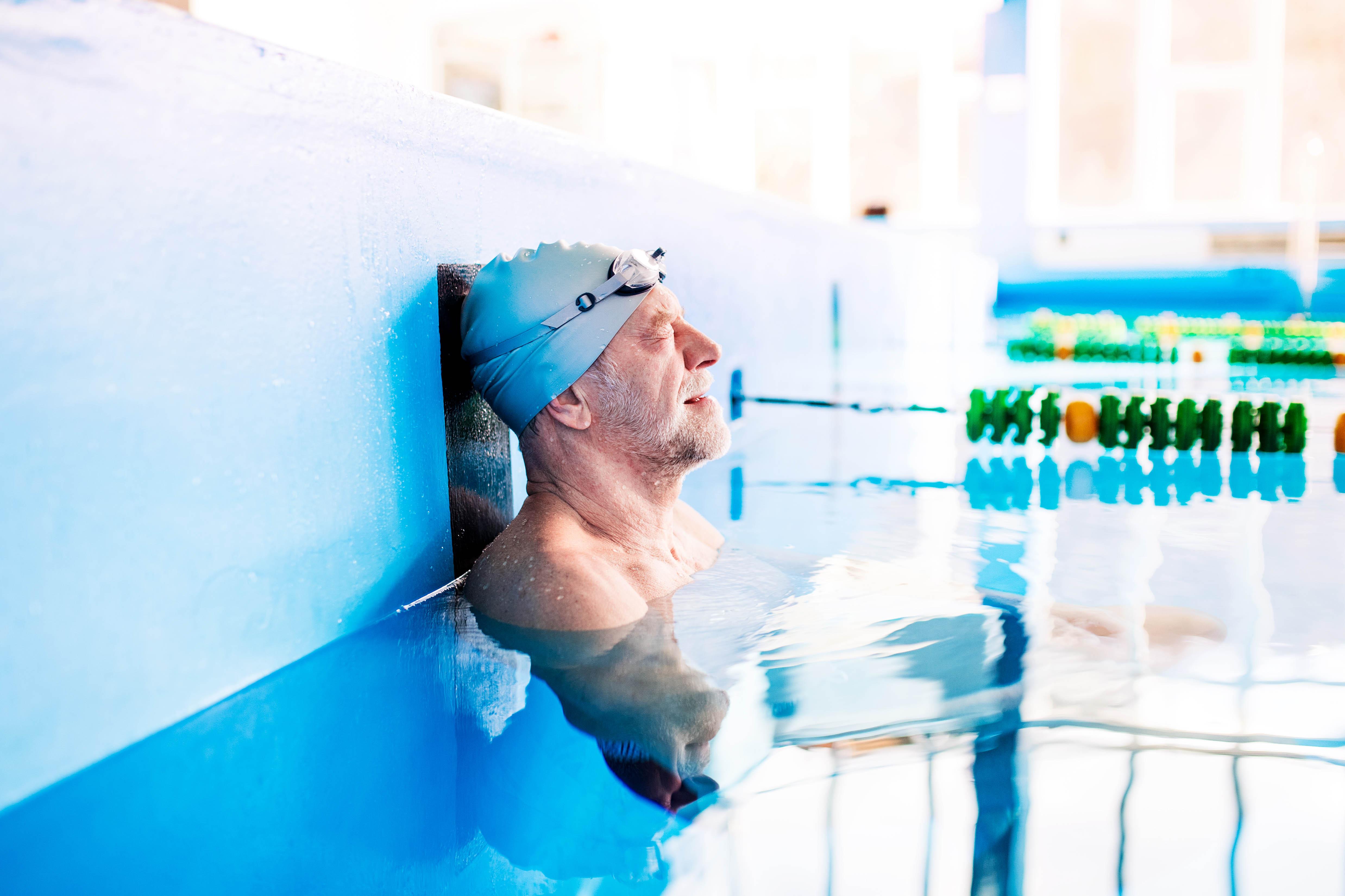 Gente Silver natación